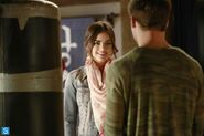 Pretty Little Liars - Episode 4.16 - Close Encounters - Promotional Photos (8) 595 slogo
