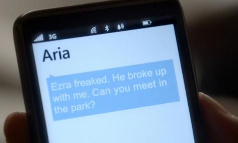 Image - Ezra freaked.png | Pretty Little Liars Wiki ...