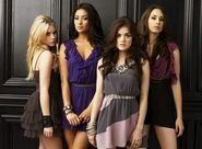 Pretty-Little-Liars-Cast