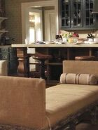 Hasting's residence Living room