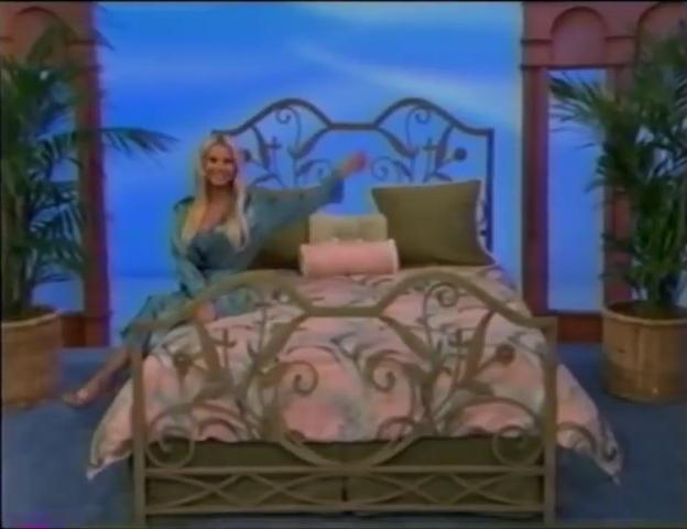 File:Gabrielle Tuite in Satin Sleepwear 05-02-2008 Pic-23.jpg