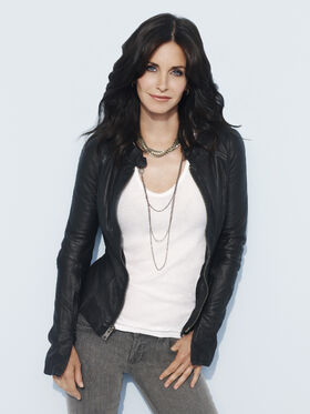 Courteney-Cox-As-Jules-cougar-town-7820589-1920-2560