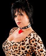 Vickie Guerrero 4