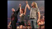 Raw-9-October-2006-27