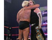 Raw-5-2-2007-33