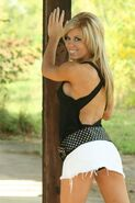 Madison Rayne 2