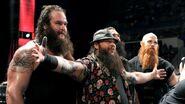 December 7, 2015 Monday Night RAW.48
