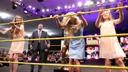 Ultimate Warrior Statue unveiled at Axxess.10