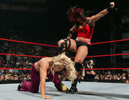 Raw-5June2006.27