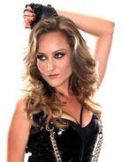 Lauren Mayhew2