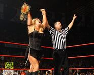 No Mercy 2007 Beth Phoenix vs Candice Michelle 005