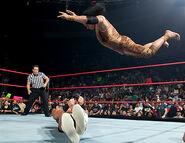 October 31, 2005 Raw.5