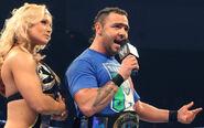 SmackDown 10-3-08 001