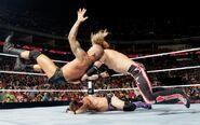 Raw-19-7-2010.14