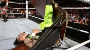April 4, 2016 Monday Night RAW.54