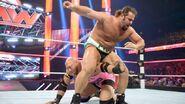 October 12, 2015 Monday Night RAW.38
