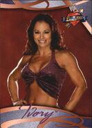 2004 WWE Divas 2005 (Fleer) Ivory 41