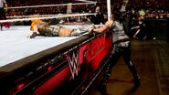 March 7, 2016 Monday Night RAW.33