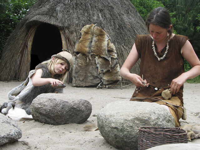 File:Mesolithic-Gather.jpg