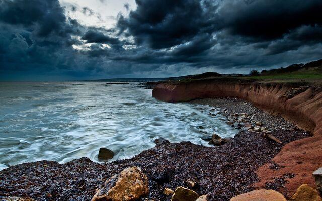 File:Dark-sea-coast.jpeg