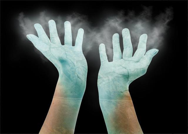 File:Ice hand.jpg