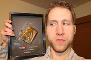 Jesse pissed about shattred PlayButton