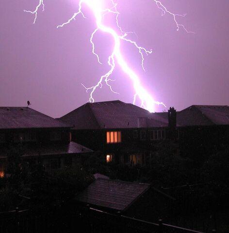 File:LightningToronto.jpg