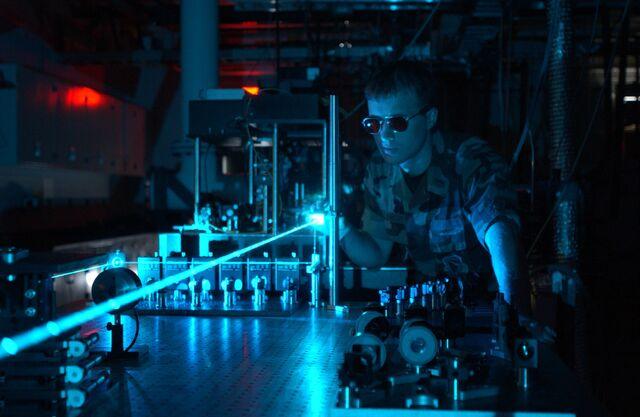 File:Military laser experiment.jpg