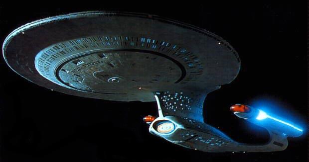 Arquivo:Enterprise-D.jpg