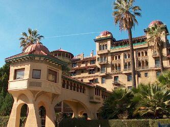 Pasadena castle green close