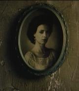 Elsa Toulon Portrait