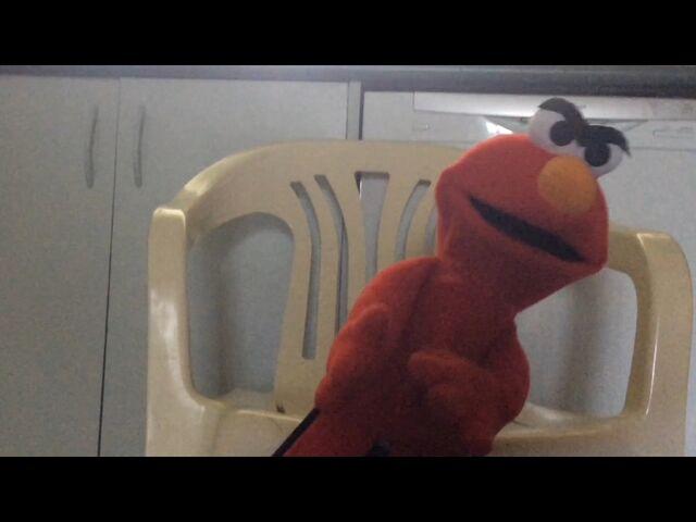 File:Elmo-chair2.jpg