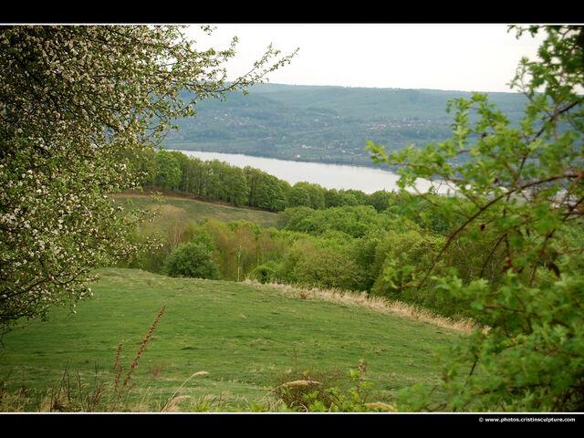 File:Arges-river-landscape.jpg