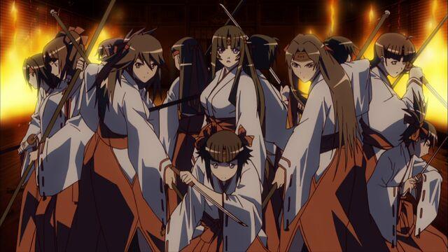 File:-Yousei-raws- Queen`s Blade - Rurou no Senshi 02 -BDrip 1920x1080 x264 FLAC--(019032)18-03-00-.JPG
