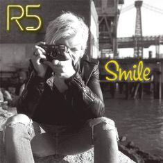 R5 Smile