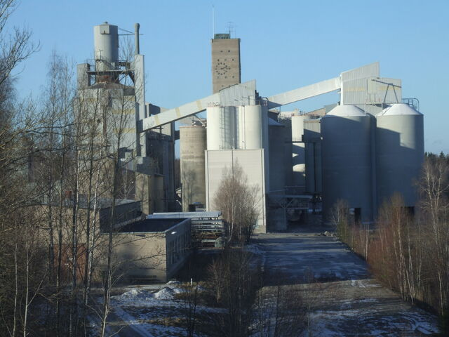 File:Tytyri Limestone Mine.jpg