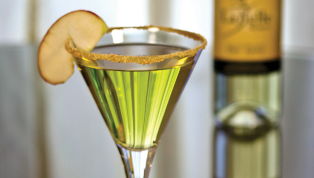 File:Appletini.jpg