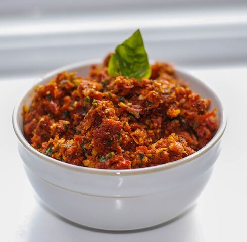 File:Sun Dried Tomato Pesto-Carrie's Experimental Kitchen.jpg