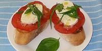 Fresh Mozzarella Bruschetta