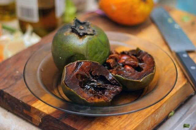File:Black sapote.jpg