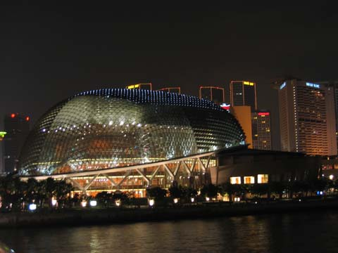 SingaporeEsplanadeAtNight