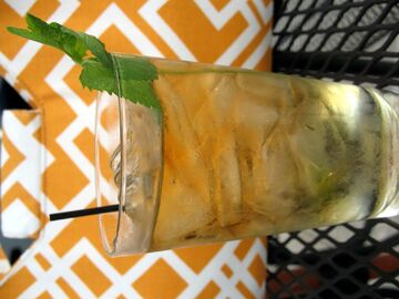 File:Mint+Julep-1638.jpg