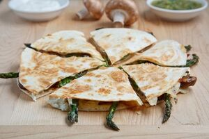 Roast Asparagus and Caramelized Mushroom Quesadillas with Goat Cheese 500 4709