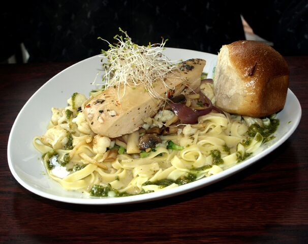 File:Chicken Breast w pasta.jpg