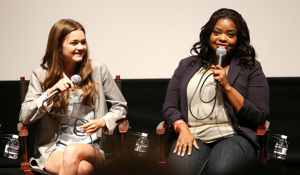 File:Octavia Spencer Ciara Bravo Red Band Society RofuqluBpuMl.jpg