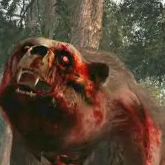 Oso zombie durante un trailer de <a href=
