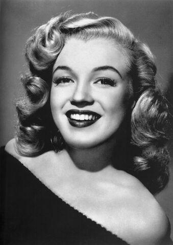 File:Marilyn Monroe - publicity.jpg