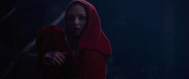 File:Red-Riding-Hood-BluRay-2011-Film-red-riding-hood-23983174-1920-800.jpg
