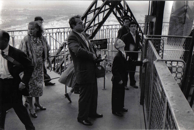 File:1957-08-16 Tower Paris.jpg