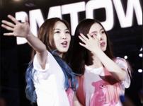 Wendy and Irene Happiness Era 3
